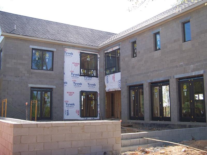 mangum-design-build-concrete-masonry-home-509-3