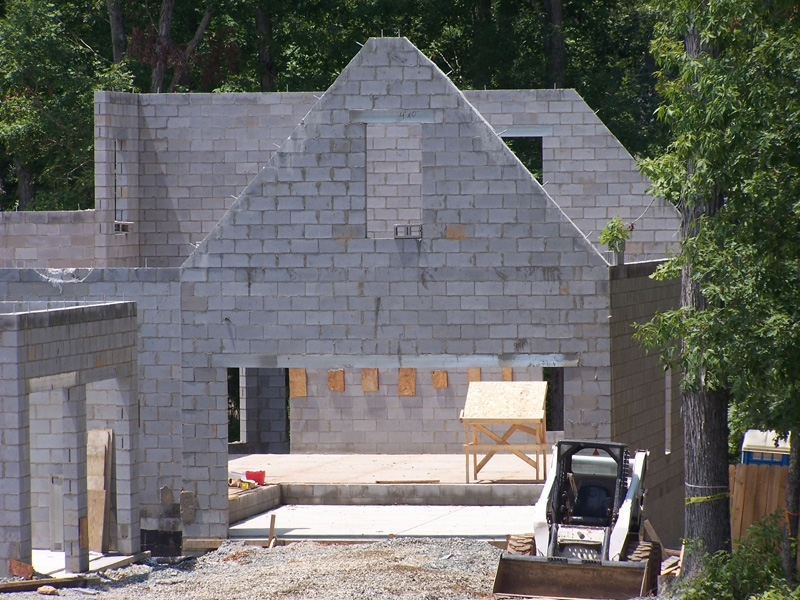 mangum-design-build-concrete-masonry-home-pjl2-3