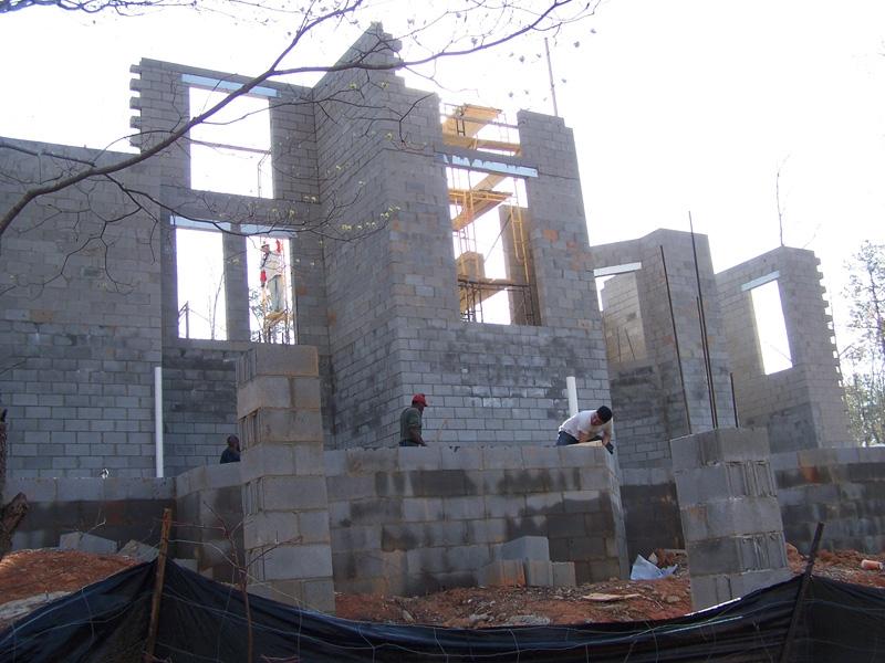 mangum-design-build-concrete-masonry-home-p432-33