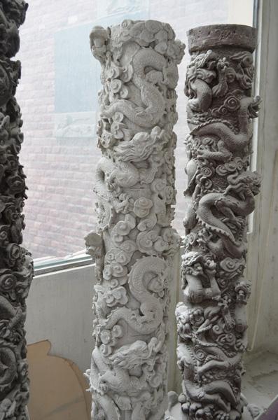 mangum-design-build-marble-statues-13