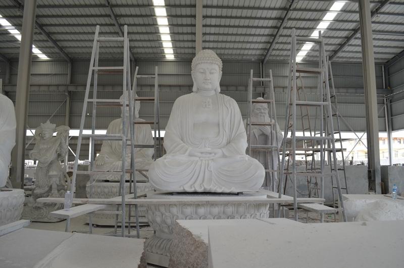 mangum-design-build-marble-statues-18