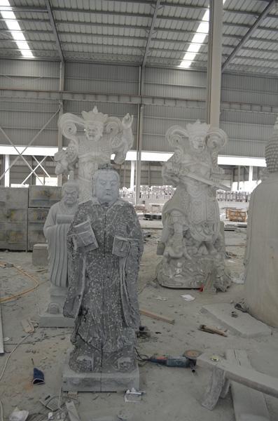 mangum-design-build-marble-statues-19