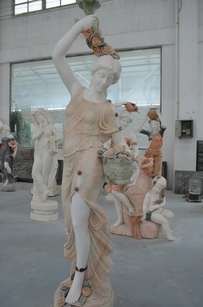 mangum-design-build-marble-statues-3