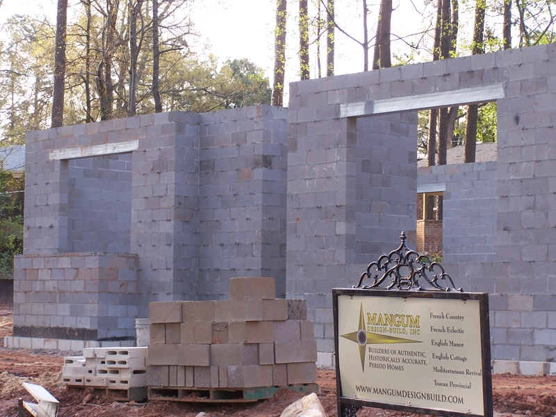 mangum-design-build-concrete-masonry-home-itb-9