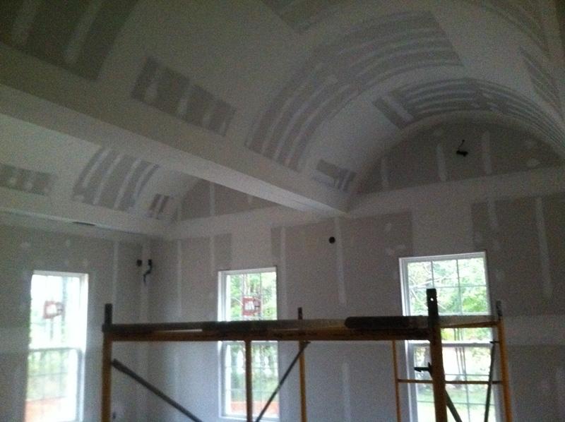 mangum-design-build-concrete-masonry-home-lr-17