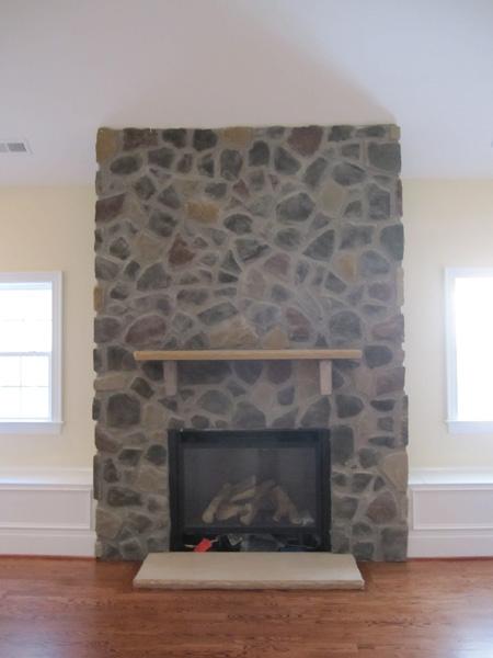 mangum-design-build-concrete-masonry-home-lr-7